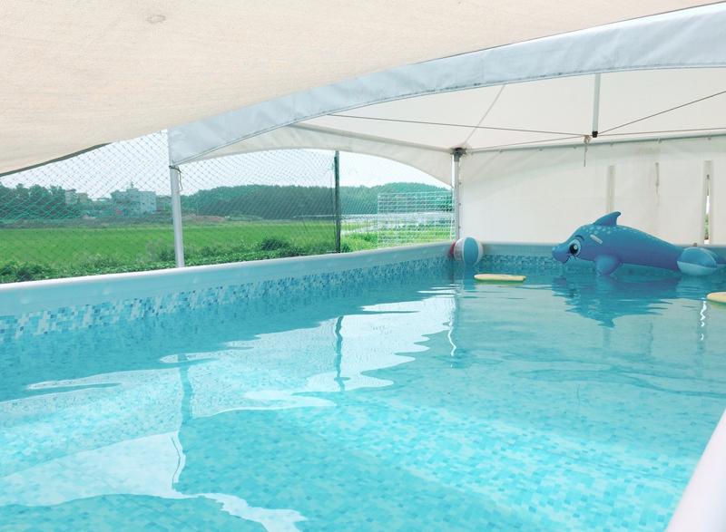 수영장-숙박손님만 이용가능(비용별도-7,8월만 가능)